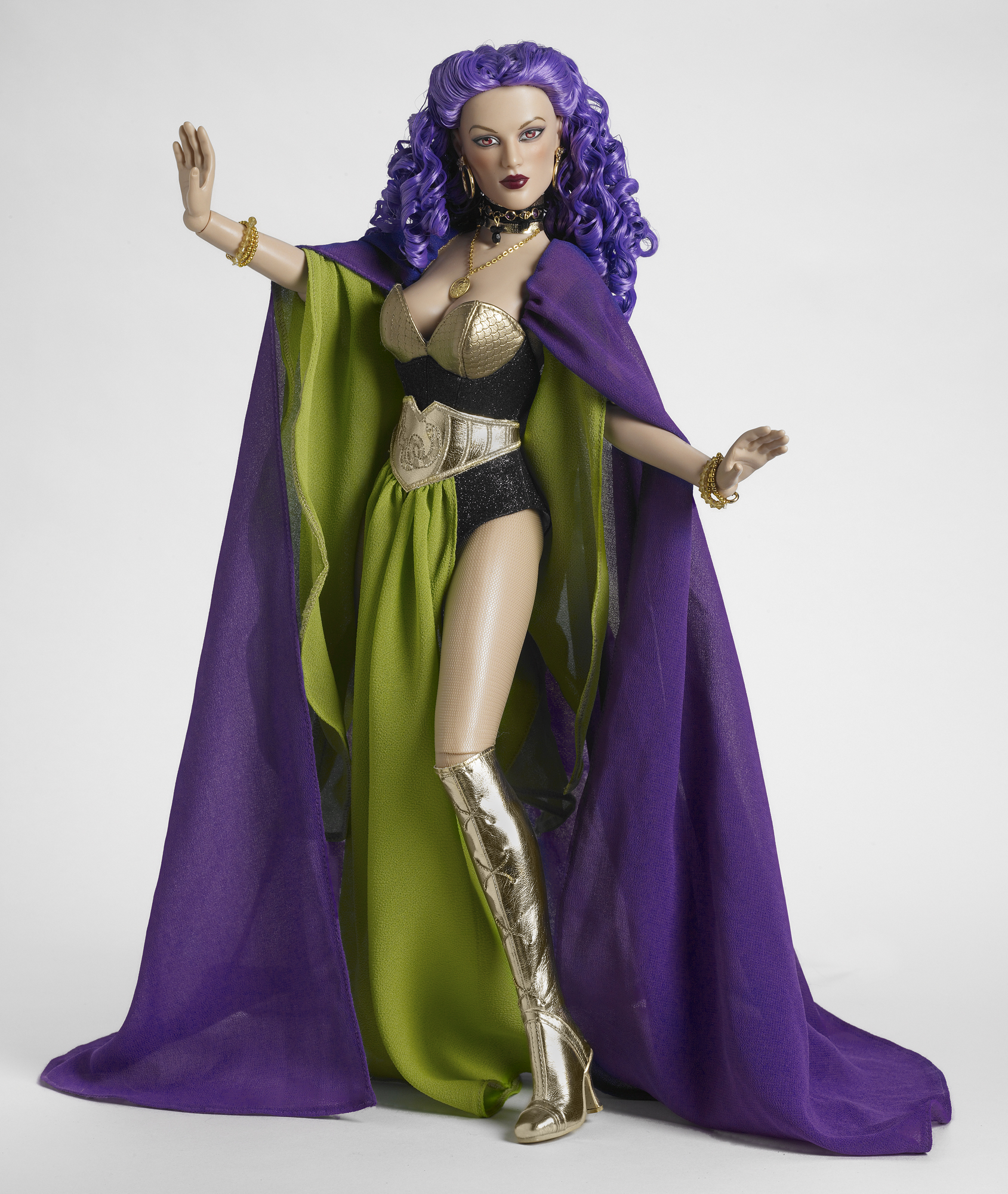 1f61bc1600ad Tonner Dolls at the Wonder Woman Museum!